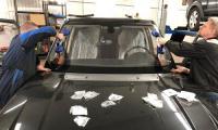 Замена лобового стекла в сервисе на Загородном шоссе д.1 корп. 2